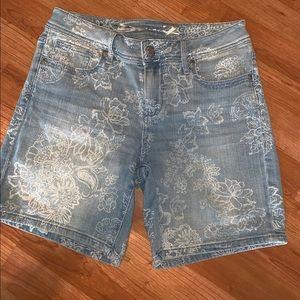 3/$15 Seven7   Jean Floral Print Shorts